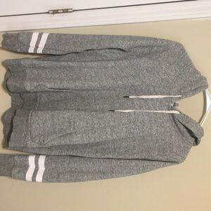 Grey 'Old Navy' sweatshirt
